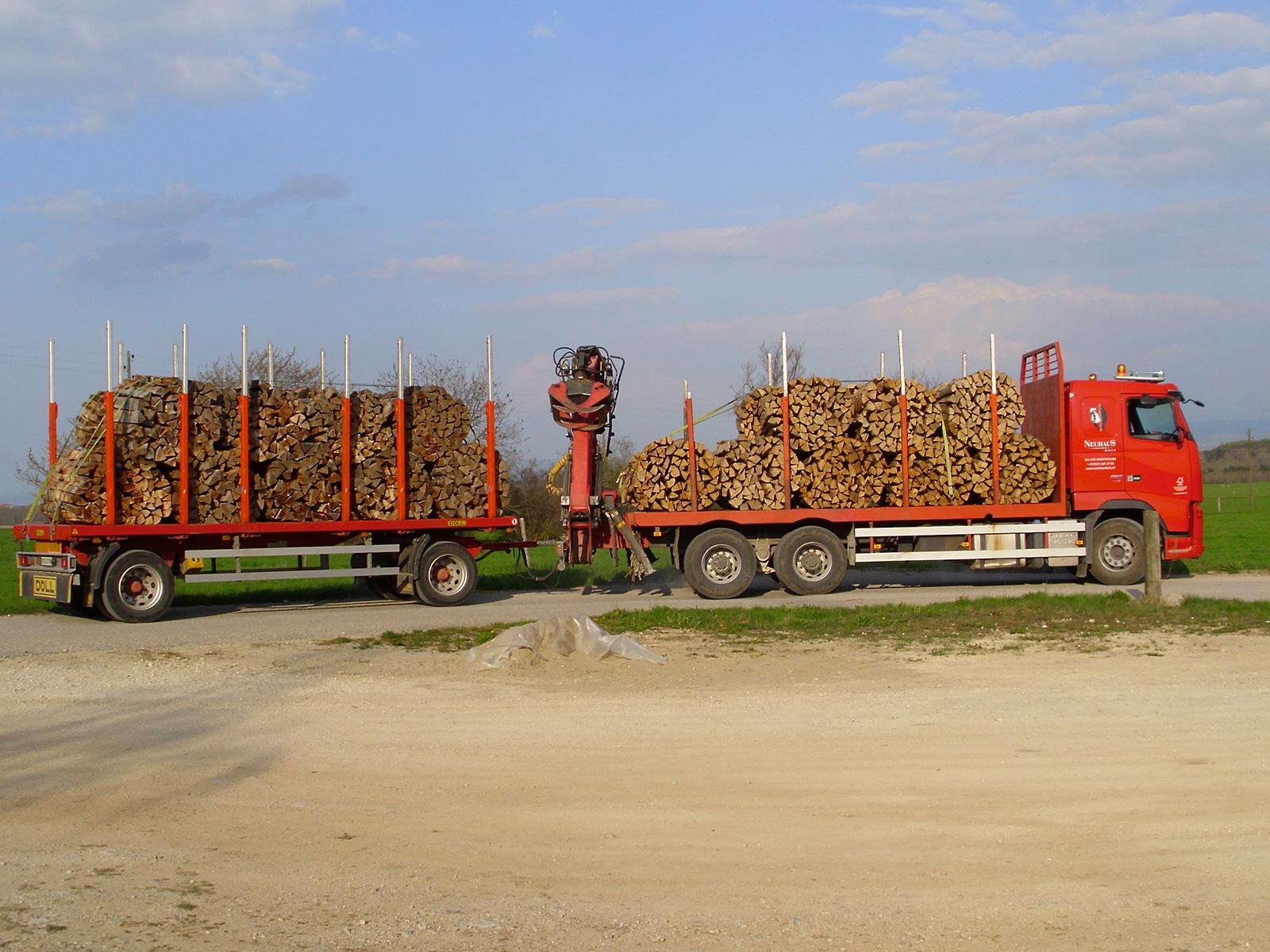 Grossiste Bois De Chauffage - Vente de bois de feu pour grossistes et revendeurs
